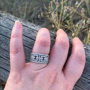 Jewelry - Modern Geometric Cutout Genuine Diamond 925 Band